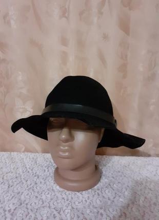 Фетровая шляпка р.56.
