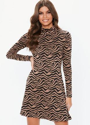 Тёплое платье свитер под горло в энимал принт, платье-гольф asos в звериный принт