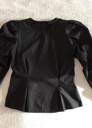 Красивая блуза с пышными рукавами