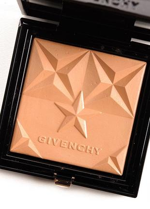 Givenchy less seisons bonne mine 03 бронзер