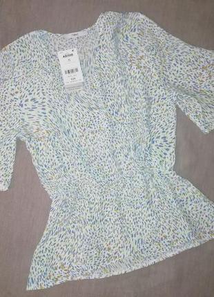 Легкая, красивая блузка на запах с баской next