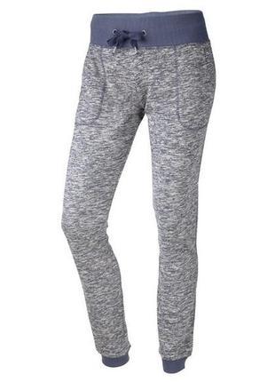 Классные брендовые трикотажные меланжевые спортивные штаны crivit sports