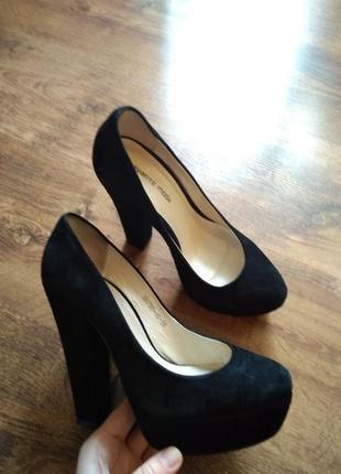 Черные замшевые туфли на толстом каблуке avante moda