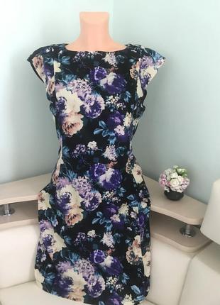 Красиве плаття  в квіти usco /красивое платье в цветы