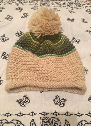 Продам зимнюю вязаную шапку