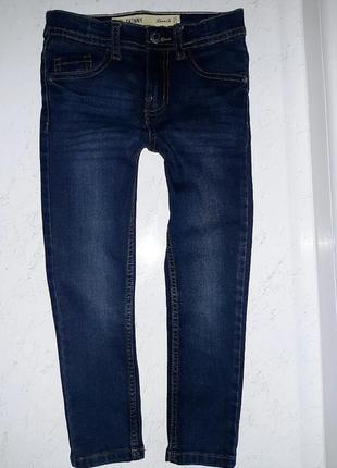 Стильные джинсы скини джеггерсы тёмно синие primark 116 .