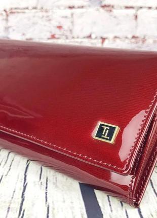 Лаковый красный кошелек бреттон. новый женский бумажник bretton. женское портмоне кожа