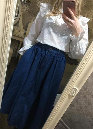 Хлопковая блузка с ажурной вышивкой