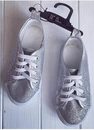 Блестящие серебряные кеды h&m