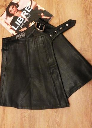 Versace кожаная брендовая юбка, шкіряна спідниця, натуральная кожа, косуха тренд моди