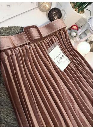 Бархатная юбка плиссе с поясом10 фото