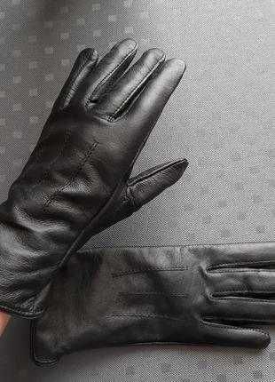 Кожаные новые черные перчатки