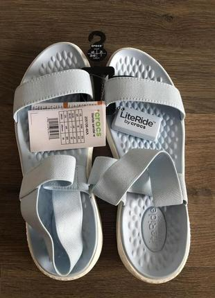 Crocs literide сандали босоножки