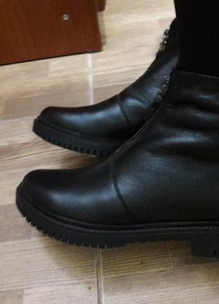 Новые кожаные теплые сапожки