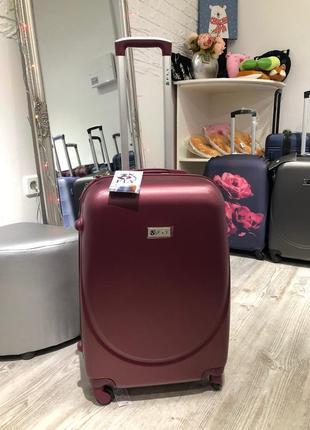 Качественный польский чемодан fly , якісна валіза