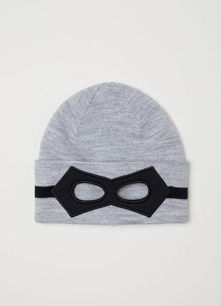 Теплая шапка hm англия для мальчика 4-14 лет mask с маской для глаз