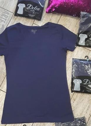 Трикотажная базовая футболка dolce bella