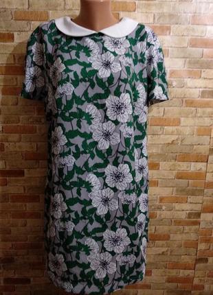 Новое красивое платье в цветах с воротником 20/54-56 размера