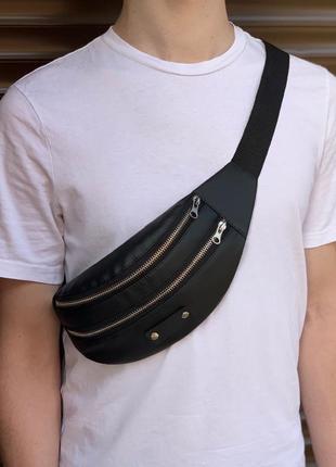 Бананка чёрная кожаная,сумка на пояс,сумочка,кондукторка
