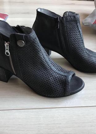 """Ботинки """"nero giardini"""". италия."""