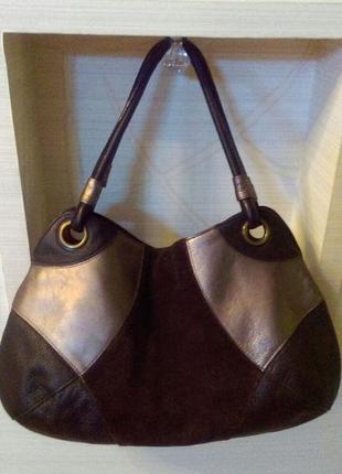 Кожаная   брендовая  сумка  хобо   с замшевыми вставками