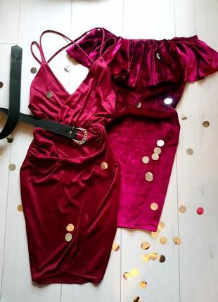 Эффектное бордовое платье ohpolly, сбоку разрез