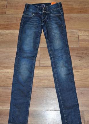 Новые джинсы bershka 24 р-р xs-s брак