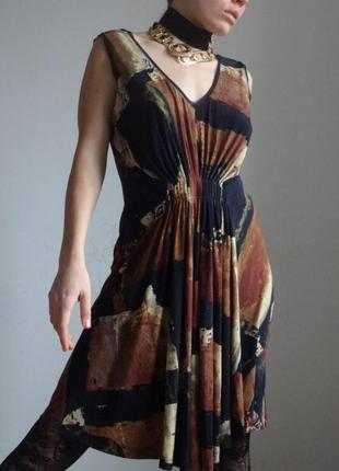 Платье вера вонг / обтекающий силуэт