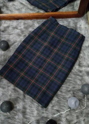 Базовая юбка карандаш из костюмной ткани в клетку