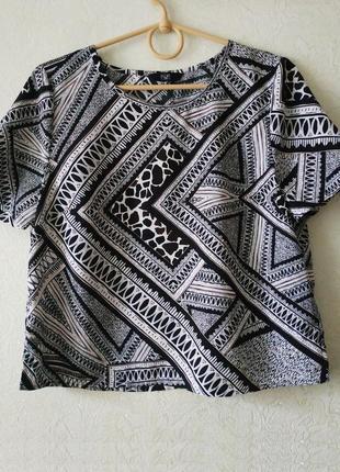 Кроп топ, футболка, блузка f&f, монохромная, геометрический принт