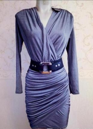 Платье серое, серебристое
