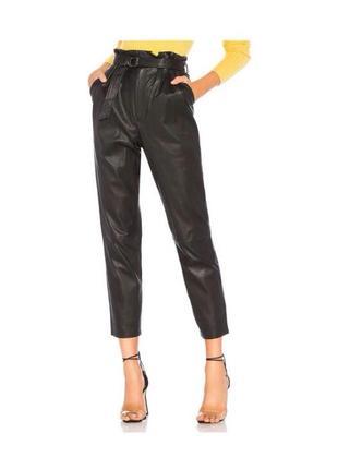 Кожаные брюки штаны с защипами бананы эко-кожа