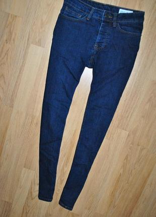 Джинсы skinny denim co 28 р