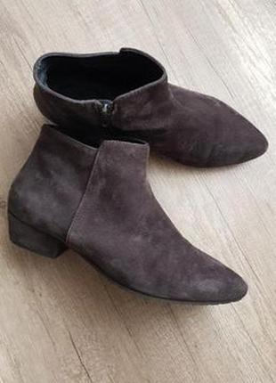 Ботинки кожаные италия 39 размер новые