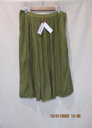 Стильная юбка жатка/цвет хаки