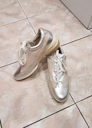 Туфли,мокасины,ботинки,кожаные 39 р. новые