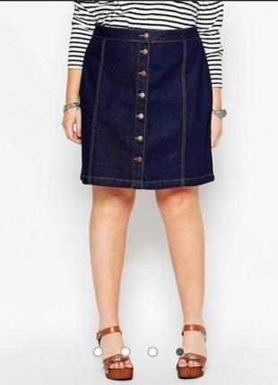 Трендовая джинсовая юбка на пуговицах