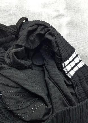 Спортивные штаны adidas чёрные зауженные унисекс брюки3 фото