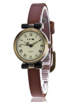 Жіночий наручний годинник в ретро стилі ccq