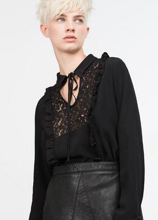 Стильная чёрная блузка, блуза с кружевом и рюшками zara