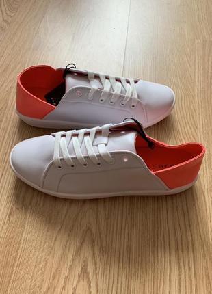 Новые кожаные кроссовки кеды zara