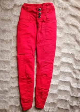 Красные каноновые бриджи короткие брюки спортивные only