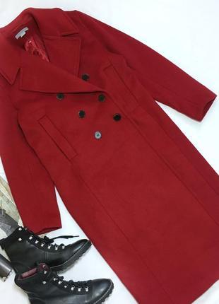 Красное шерстяное пальто h&m