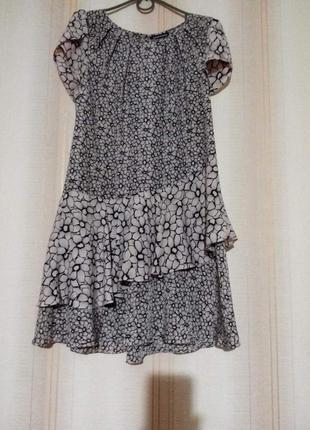 Брендовое легкое платье