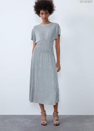 Платье zara сукня розмір м сріблясте