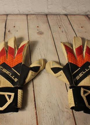 Профессиональные вратарские перчатки  sells