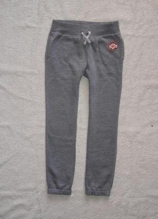 Спортивные штаны на 6-7 лет, зауженные с начесом