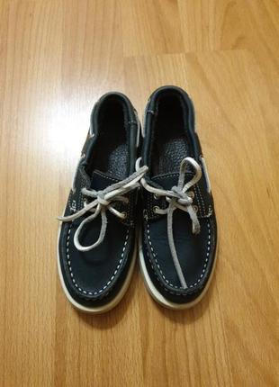 Мокасины туфли кеды