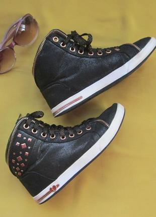 Стильные крутые ботинки кеды skechers,р.356 фото