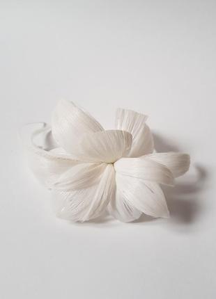Свадебная заколка,белый цветок заколка ручной работы,постиж,постижерное изделие